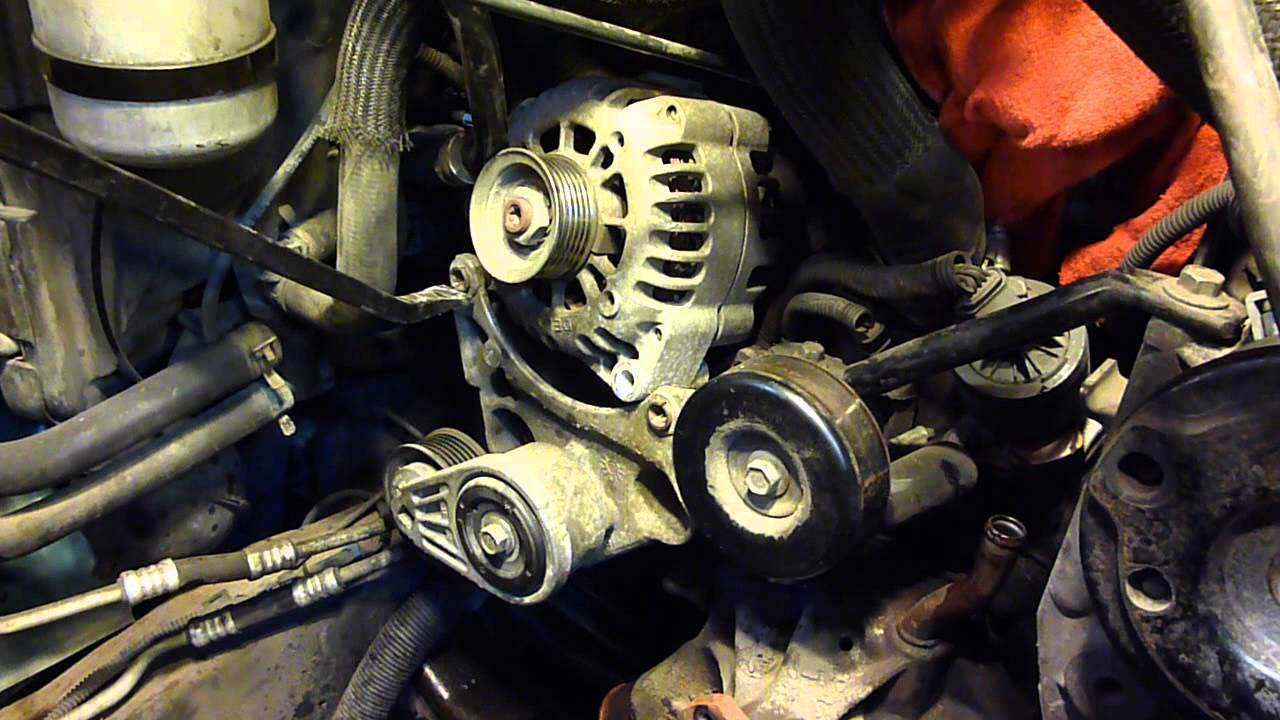 astro van alternator removal (short vid)
