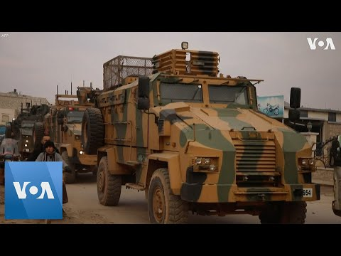 Turkish Army Vehicles Patrol Syria's Idlib Province as Civilians Flee Government Offensive