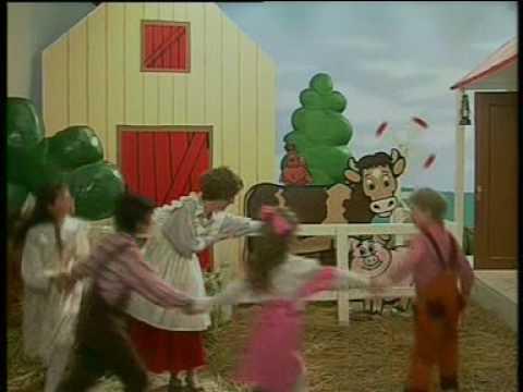 """Song """"Mrs. Farmer Friendly"""" - Children's Music Video"""