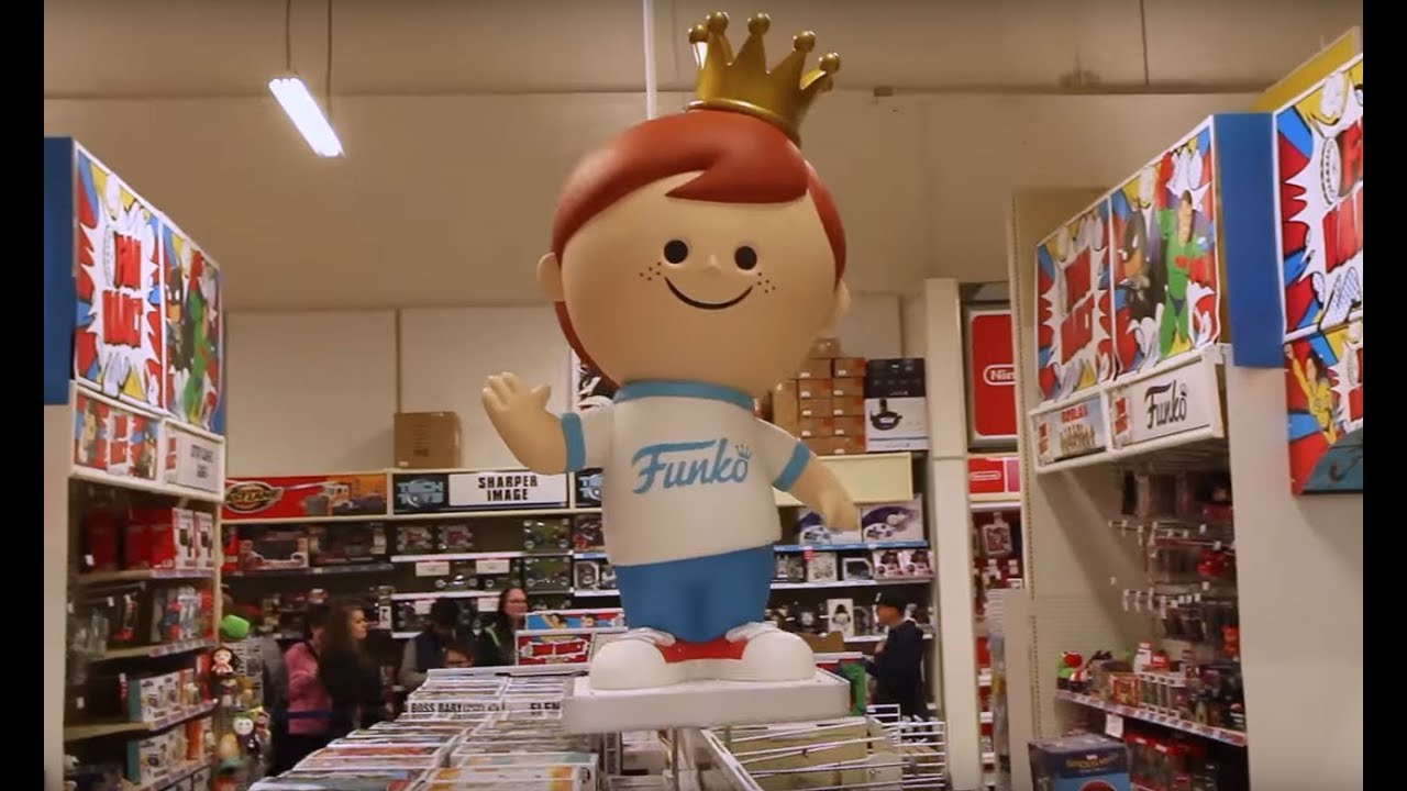 Funko At The Toys R Us Fan Vault Youtube
