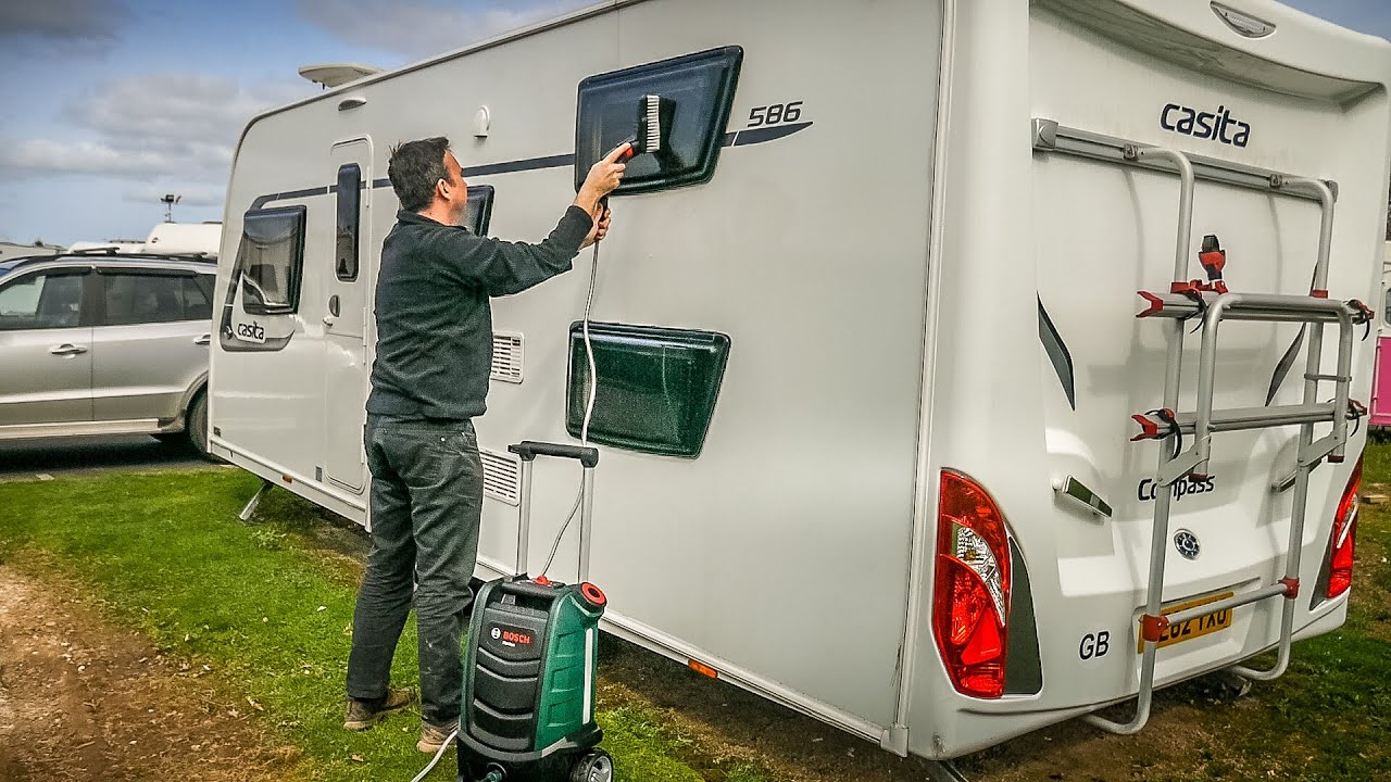 video Bosch Fontus: Go anywhere cleaning