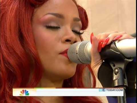 Rihanna   California King Bed (Today Show Concert / 27may11)