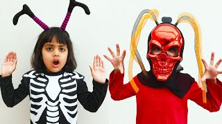 Katy Cutie and Ashu Chooses Halloween Costume !!!