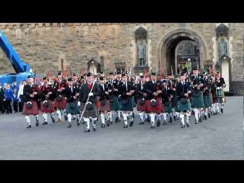 Bagpipers at Edinburgh Castle