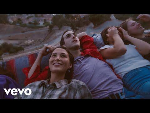 Смотреть клип Half·alive - Summerland