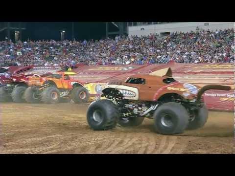 Monster Jam - Monster Mutt Monster Truck Freestyle from Philadelphia Path of Destruction - 2012