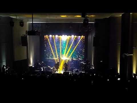 Tohpati Feat Ian Antono - Panggung Sandiwara (Konser Akustik Tohpati)