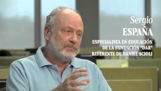 Sergio España conversa con Luciana Vázquez