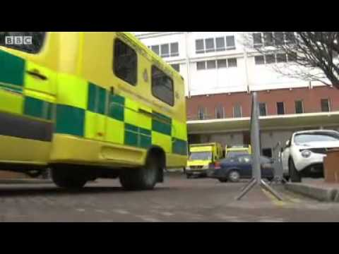 Leeds hospital suspends child heart surgery