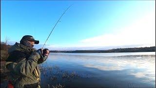 Рыбалка в ФЕВРАЛЕ на спиннинг!! А МЕСТО ТО КАКОЕ!!!!!