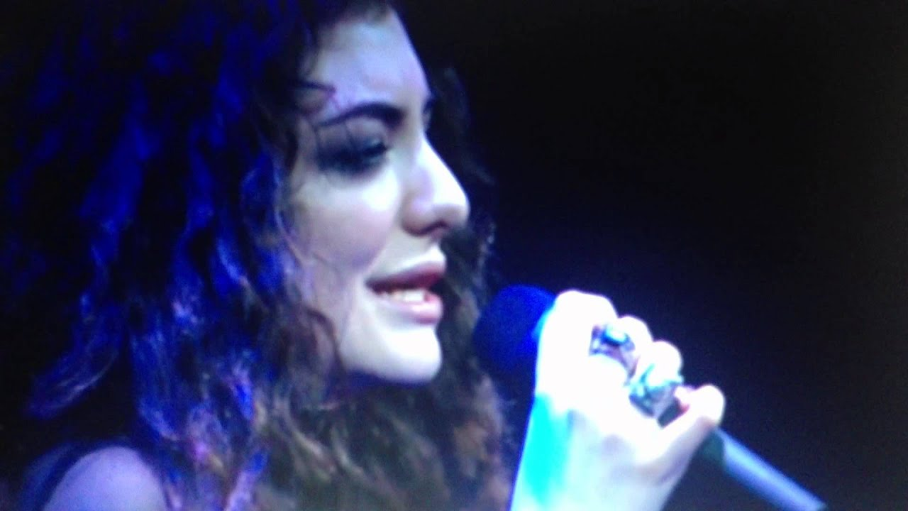 Tennis Courts Lorde Live At Vector Arene New Zealand Youtube