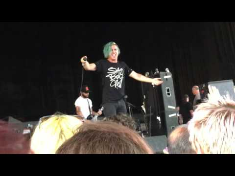 Ghost Town | Off With Her Head | Warped Tour 7.21.16 Cincinnati
