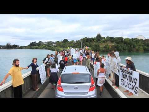 Kiwis Against Seabed Mining March, Raglan NZ