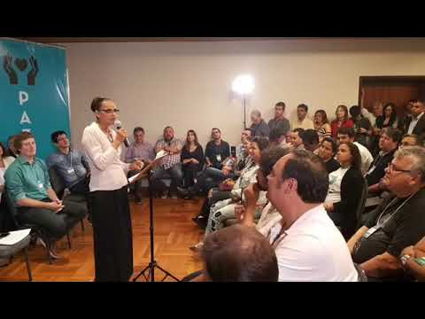 Marina Silva oficializa pré-candidatura presidencial