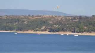 Hidroavion Canadair CL-215 Antincendios Embalse El Atazar Repostando agua 04-09-2014 HD1080p