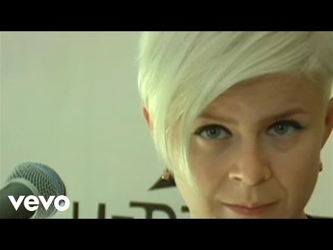 Robyn - With Every Heartbeat (Live From The Cherrytree House)