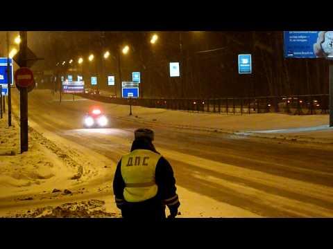 видео: Рублёвское шоссе. Ежевечерняя рукотворная пробка.