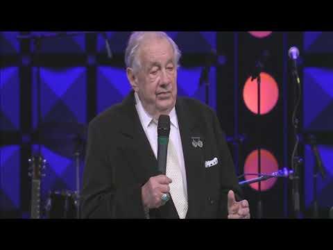 WATCH: Roy Clark memorial service