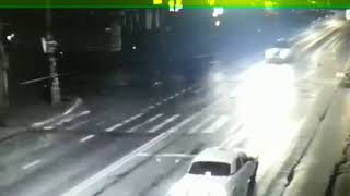 видео жуткого дтп на Тургенева и Гагарина