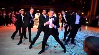 Танец жениха и его друзей для невесты