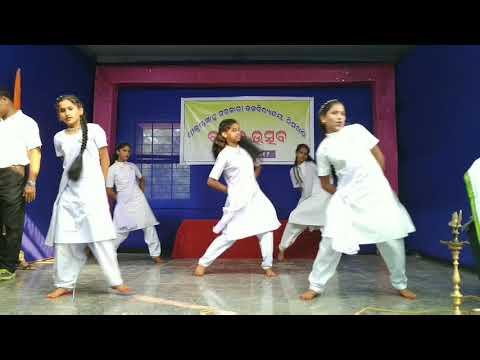 Desh Rangila Rangila/sks High School Nimakhandi Students