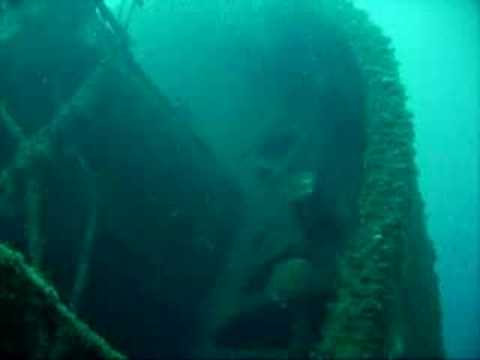 Shipwreck to Patroklos island