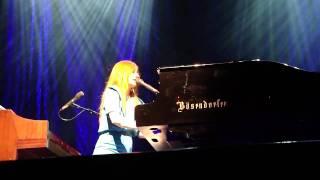 Tori Amos - Curtain Call (Teatro Smeraldo Milano 2009-10-01)