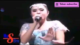 Download lagu Andai Elis santika new pallapa live dohoagung balong panggang 2016 MP3