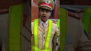 """CSGT Hòa Bình lại mang """"Thư Tình"""" 8484 ra để áp thay luật"""