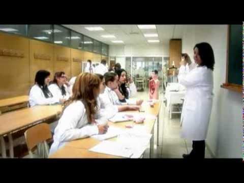 Ciclo Grado Medio Auxiliar Enfermería Valencia y Castellon - YouTube