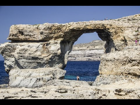 Sea and shore . Malta -   Blue window collapsed !!!