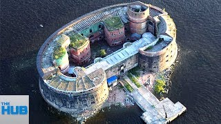 Top 10 Airlines - 10 Most Heavily Guarded Homes On Earth