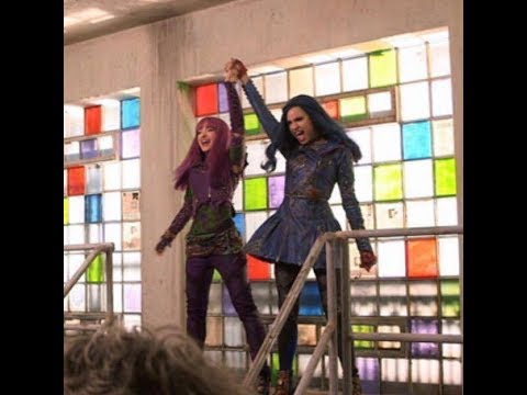 Descendants 2   Space Beetwen Mal and Evie SONG PREVIEW