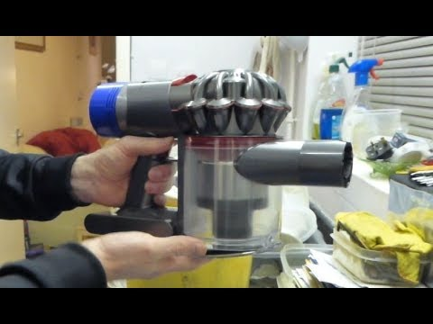 Dyson V6 & V8 Cordless vacuum, Monthly maintenance - Filters and Powerhead cleaning