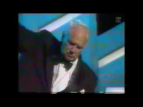 Patrick Moore plays the xylophone | Hudson & Halls | BBC1 26/11/1990