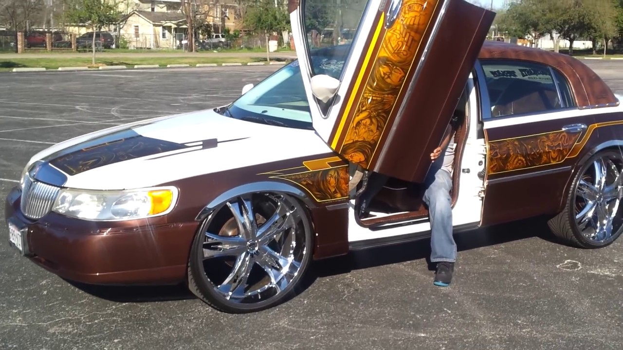 Lincoln Town Car On 26s Bagging Youtube