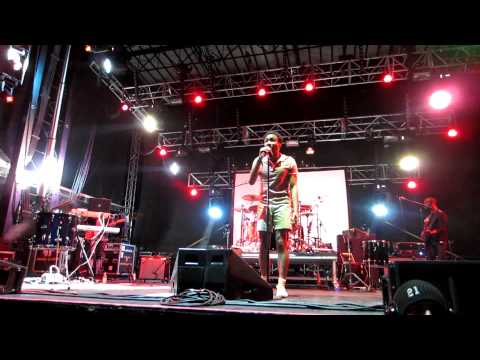 Childish Gambino - LES - Full - Moog Fest!