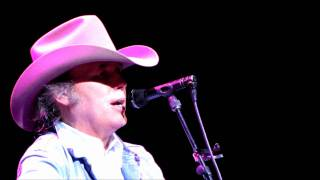 Dwight Yoakam performing This Drinkin Will Kill Me