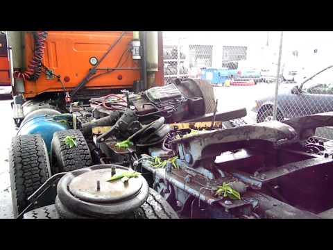 detroit diesel series 60,  roadway jifflox volvo truck  with air start to burkina faso.