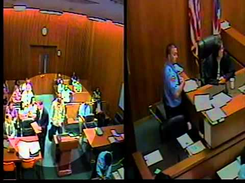 Video shows attack in Cleveland courtroom