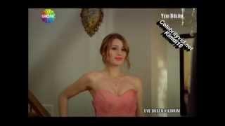 Gizem Karaca Mini Etek Frikik - Muhteşem Göğüsler