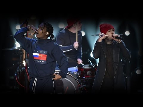 twenty one pilots & A$AP Rocky VMAs Performance 2015 [HD]