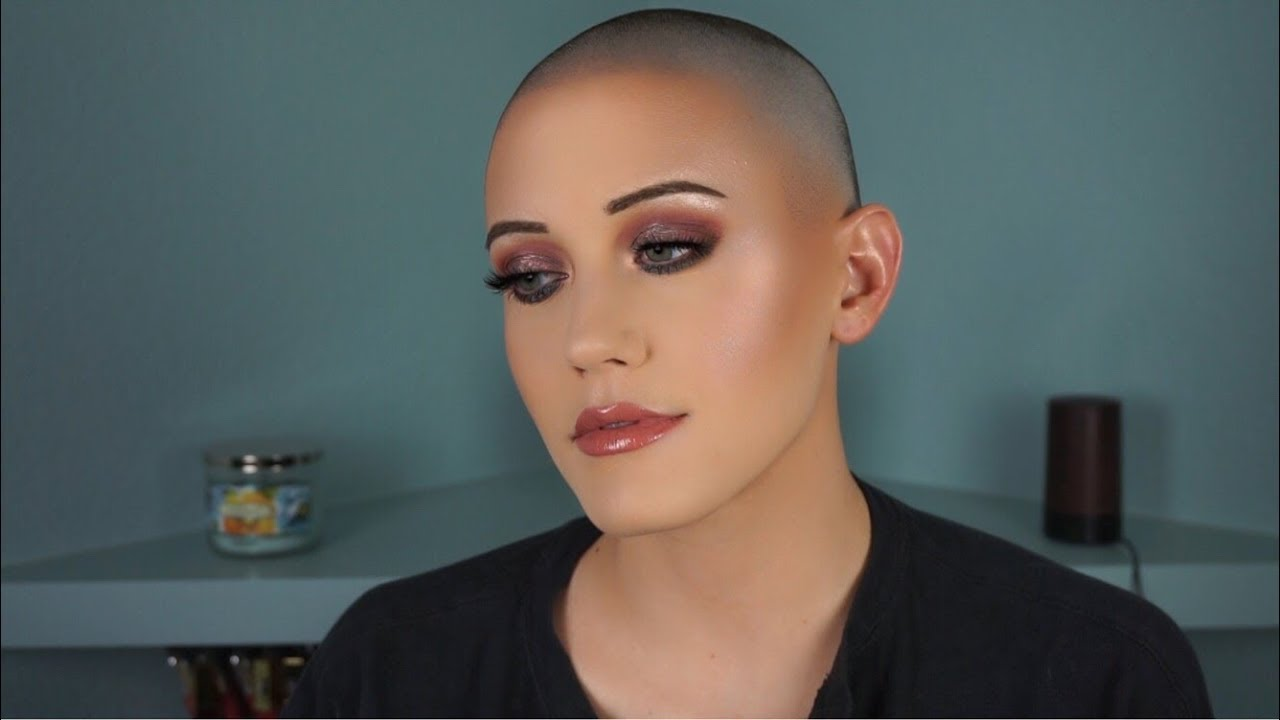 Chit Chat GRWM Colorful Smokey Eye | Lauren McQueen