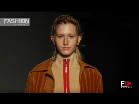 CRISTIANO BURANI VR 360 Camera 2 Fall Winter 2017-18 Milano Fashion Week - Fashion Channel