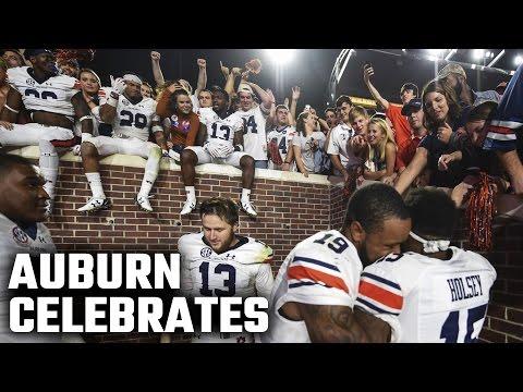 Auburn Celebrates 40-29 Win At Ole Miss