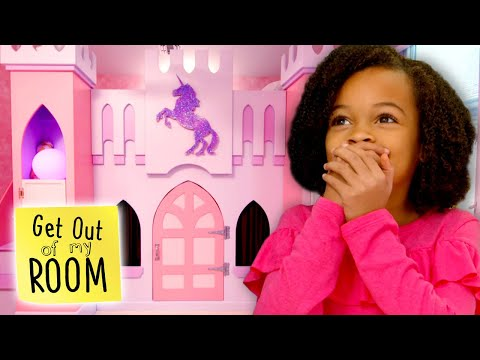 Sister Turns Bedroom Into a UNICORN CASTLE! | Get Out Of My Room | Universal Kids
