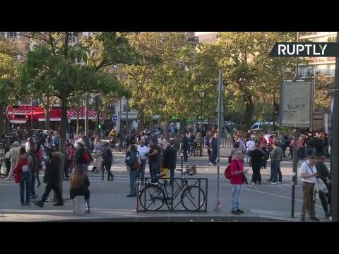 A Paris, étudiants, salariés et retraités manifestent contre la «destruction du modèle social»