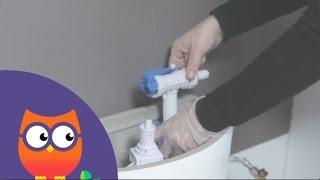 Réparer les fuites à l'intérieur du réservoir des toilettes (Ooreka.fr)