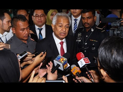 New Attorney General Tommy Thomas reports for duty