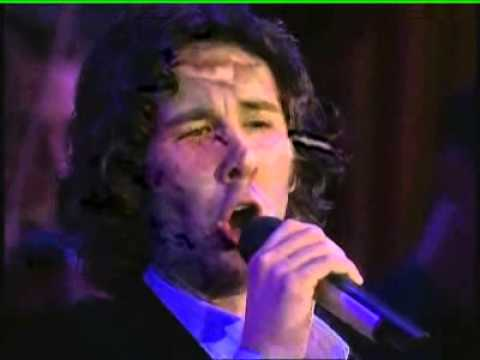 Josh Groban on Oprah, singing Silent Night and It Came Upon a Midnight Clear 11-20-07